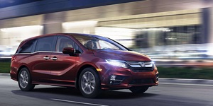 Super Van: The 2018 Honda Odyssey Is a Luxurious Surprise