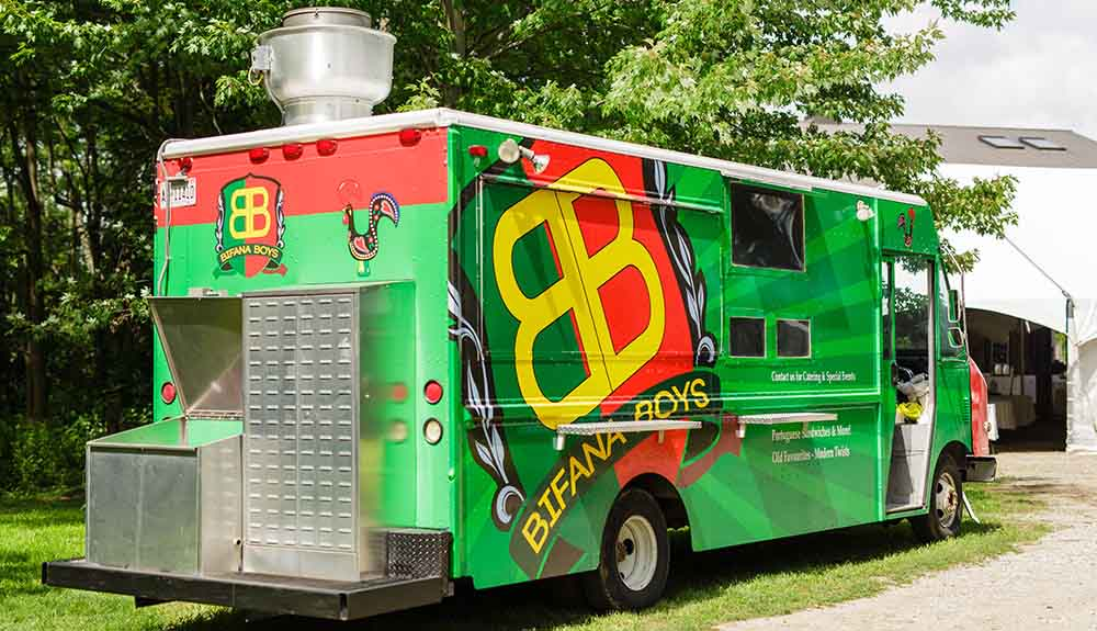 The bold green food truck of Bifana Boys