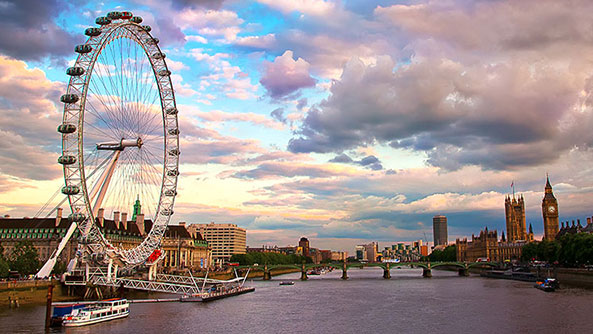 The London Eye, Europe's tallest ferris wheel
