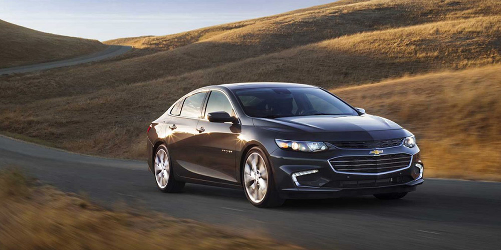 2017 chevrolet malibu hybrid review caa south central ontario. Black Bedroom Furniture Sets. Home Design Ideas