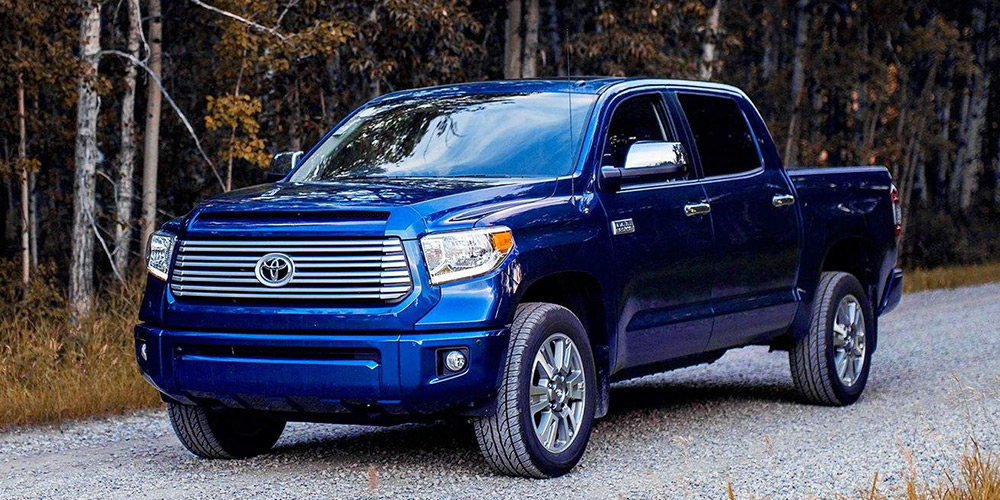 2017 toyota tundra reviews specs and prices carscom. Black Bedroom Furniture Sets. Home Design Ideas