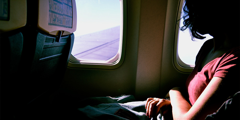 6 Expert Ways You Can Arrive Fresh After a Long Flight (Actually)