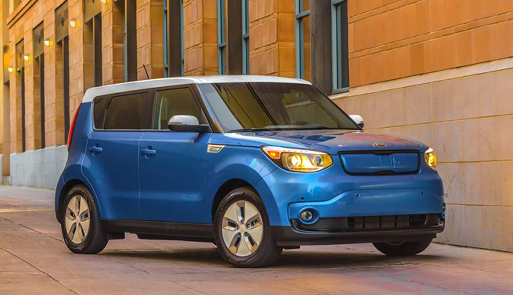 A bright blue Kia Soul EV